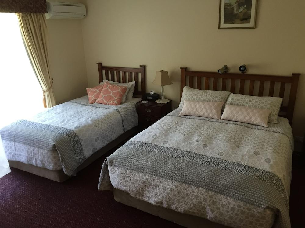 image 1 at The Noble Grape Guesthouse by 29 Bussell Highway Cowaramup WA Western Australia 6284 Australia