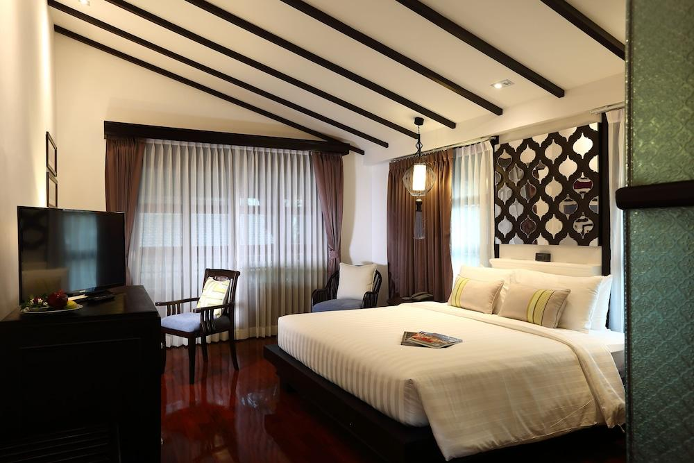 image 1 at NA NIRAND Romantic Boutique Resort by 1/1 Soi 9, Chalernprated Rd., Changklan Chiang Mai 50100 Thailand