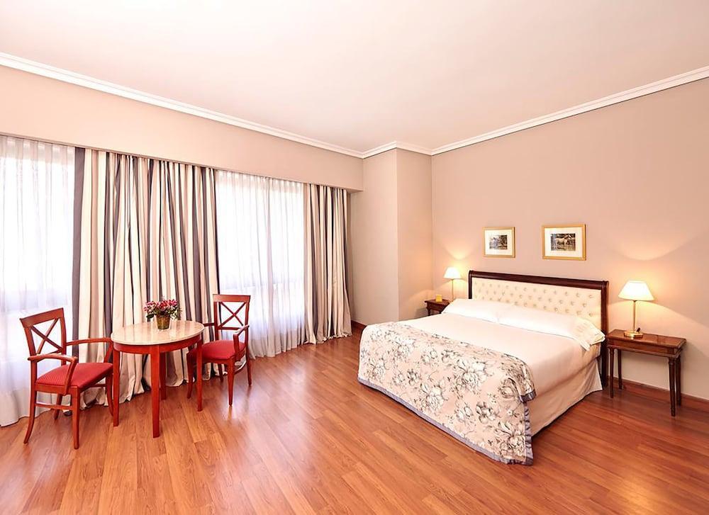 image 1 at Hotel Conde Luna by Avenida Independencia, 7 Leon Leon 24003 Spain