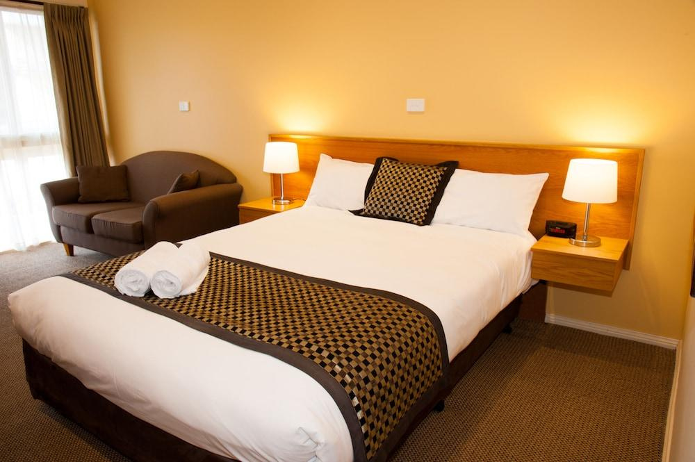 image 1 at Comfort Inn Campbell by 396-398 Campbell Street Swan Hill VIC Victoria 3585 Australia
