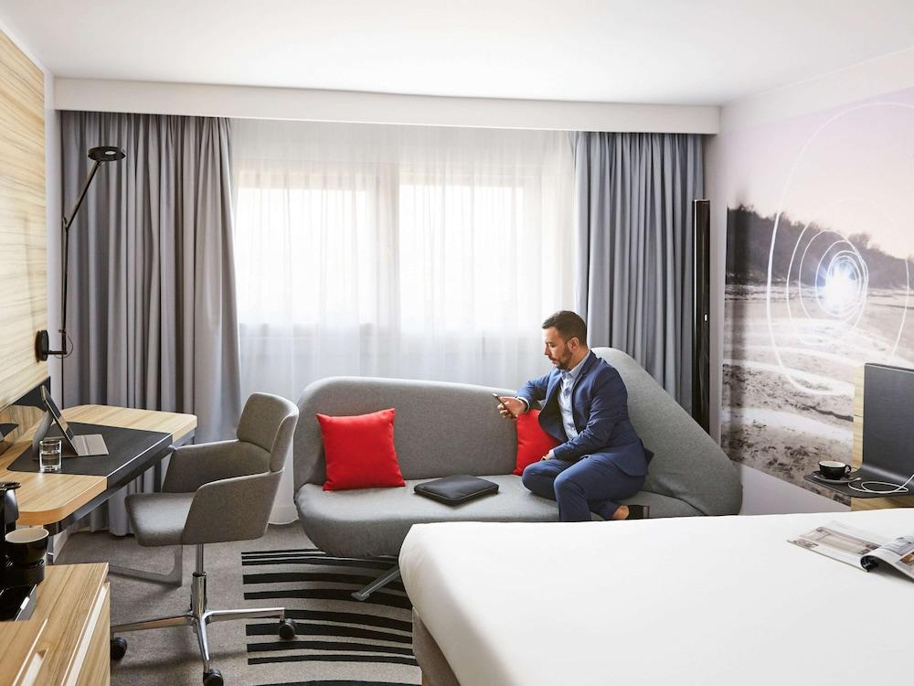 image 1 at Novotel Birmingham Airport by Birmingham Airport Birmingham England B26 3QL United Kingdom