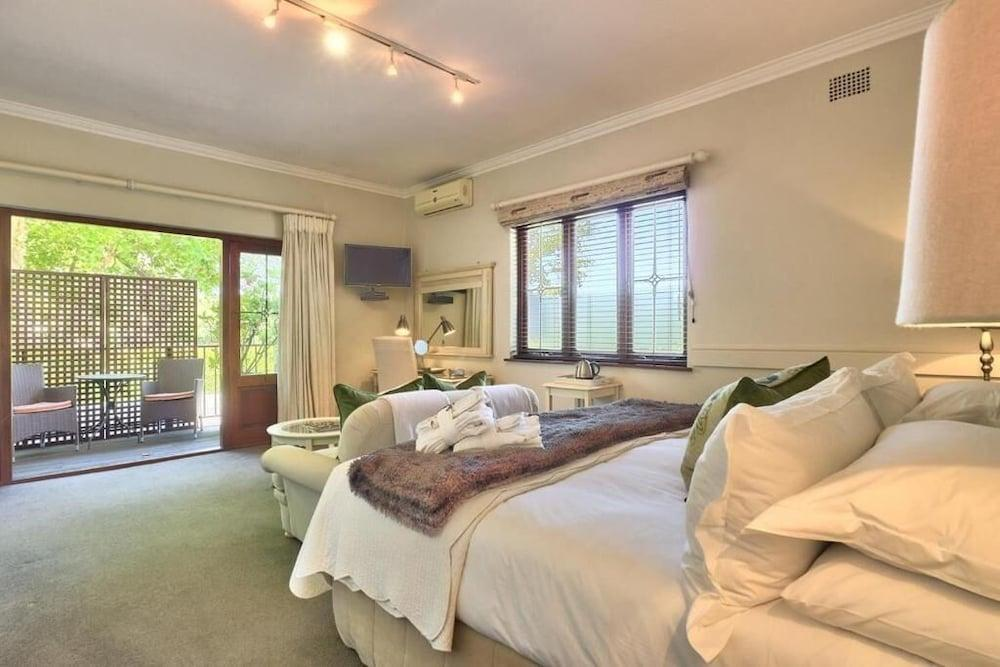 image 1 at Fernwood Manor by 35 Almond Street Newlands Cape Town Western Cape 7700 South Africa