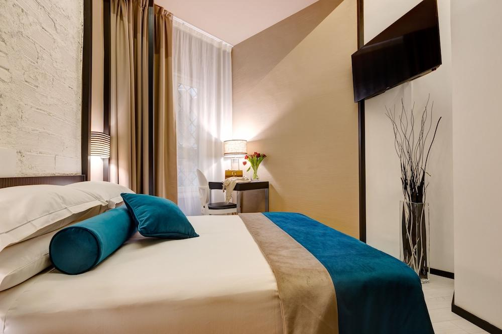 image 1 at Dharma Luxury Hotel by Via Torino 122 Rome RM 184 Italy