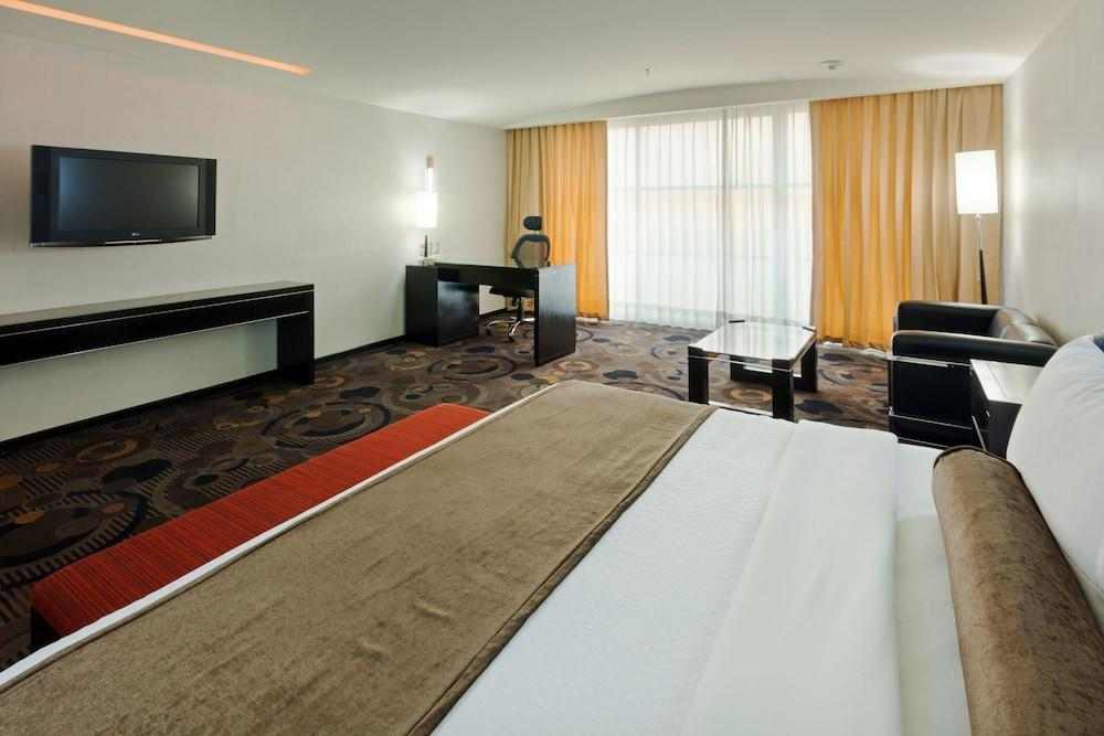 image 1 at Crowne Plaza Toluca Lancaster by Paseo Tollocan Oriente No 750 Toluca MEX 52170 Mexico