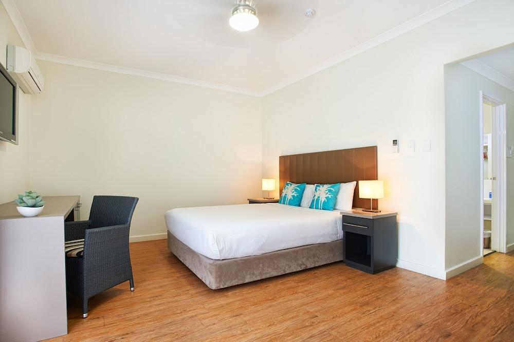 image 1 at Hotel Rottnest by 1 Bedford Avenue Rottnest Island WA Western Australia 6161 Australia
