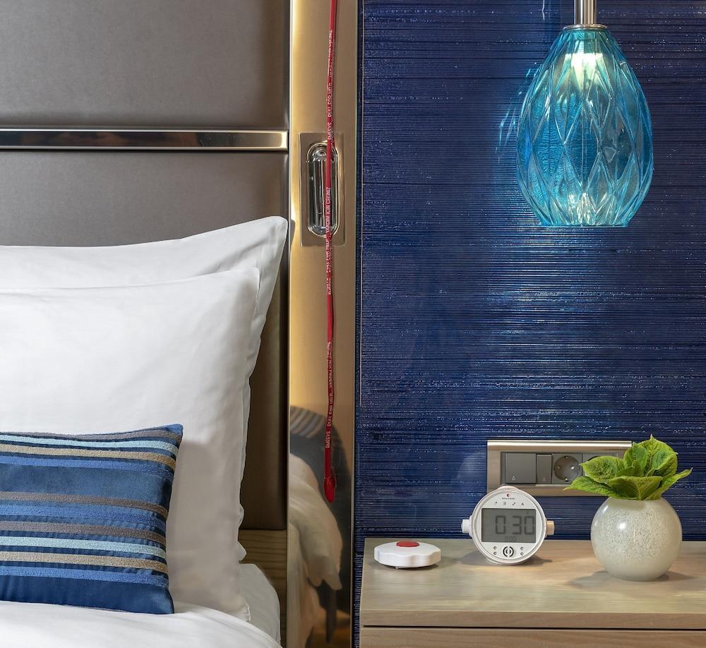 image 1 at Crowne Plaza Istanbul Florya, an IHG Hotel by Yesilkoy Halkali Caddesi No: 95 Senlikkoy Mahellesi Florya Istanbul 34153 Turkey