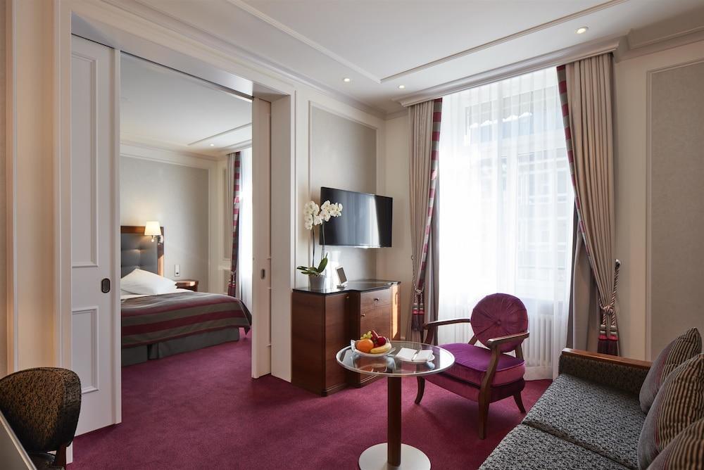 image 1 at Hotel Schweizerhof Zürich by Bahnhofplatz 7 Zürich ZH 8001 Switzerland