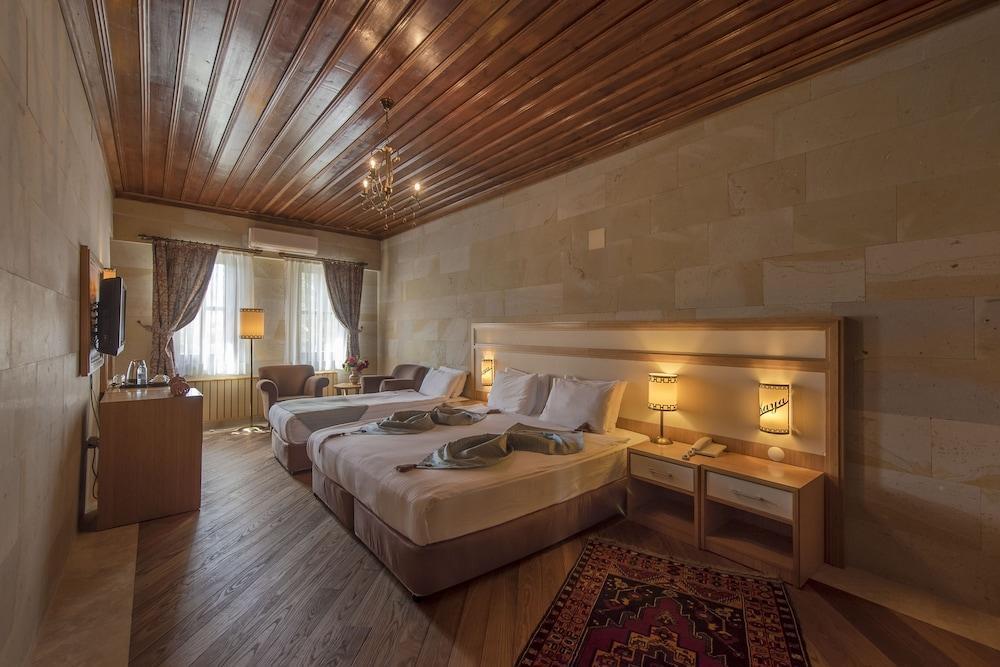image 1 at Goreme Kaya Hotel - Special Class by Uzundere Cad. No. 43 Goreme Nevsehir Nevsehir 50180 Turkey