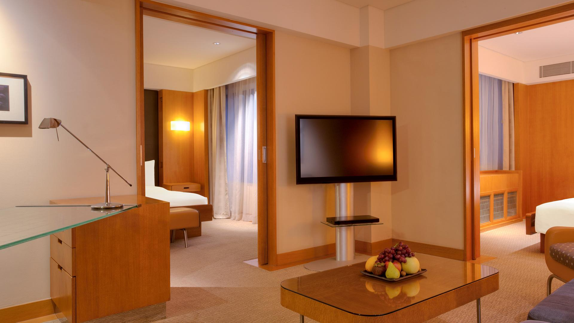 Grand Deluxe Two Bedroom image 1 at Grand Hyatt Singapore by null, null, Singapore