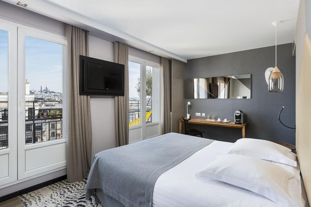 image 1 at Atala Champs Elysées by 10 Rue Chateaubriand Paris Paris 75008 France