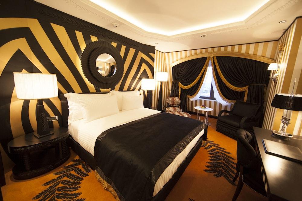 image 1 at Wyndham Grand Istanbul Kalamis Marina Hotel by Fener Kalamis Caddesi 38 Istanbul Istanbul 34726 Turkey