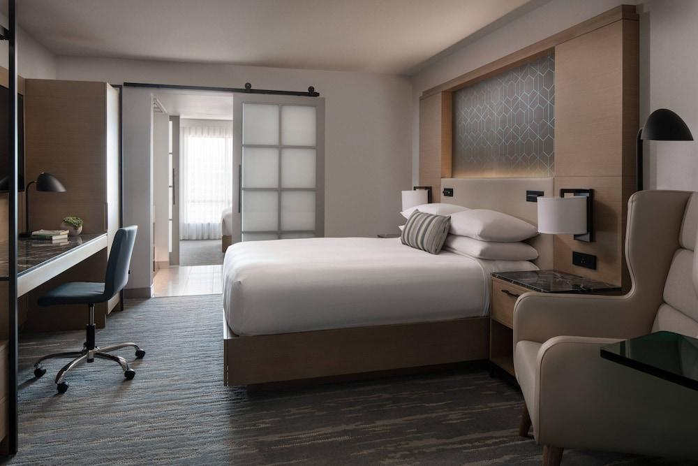 image 1 at Vancouver Airport Marriott by 7571 Westminster Hwy Richmond BC British Columbia V6X1A3 Canada