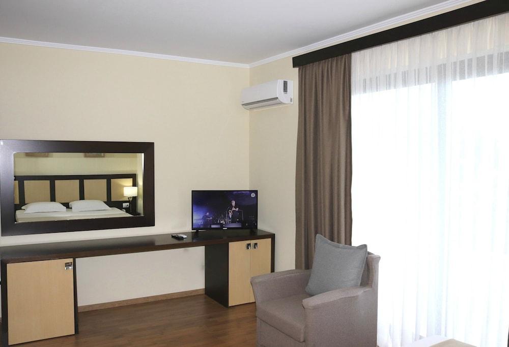 image 1 at Tropikal Resort by 13 Rruga Prometeu Durres Qarku i Durrësit Albania