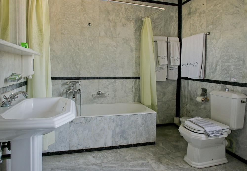 image 1 at Grecian Castle Hotel by Enoseos Avenue Chios Chios Island 82100 Greece