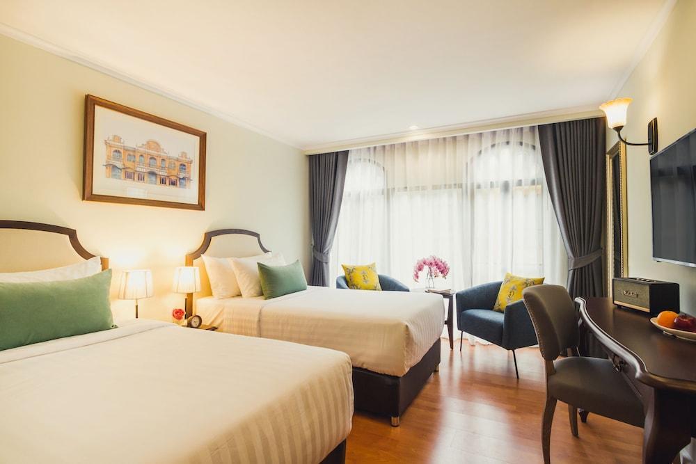 image 1 at Daraya Boutique Hotel by 80 Soi Kasem San 3 Rama 1 Road, Wang Mai, Pathum Wan Bangkok 10330 Thailand
