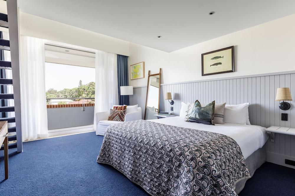 image 1 at Watsons Bay Boutique Hotel by 1 Military Road Watsons Bay NSW New South Wales 2030 Australia