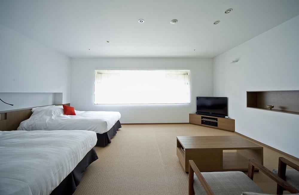 image 1 at Nishimuraya Hotel Shogetsutei by 1016-2 Kinosakicho Yushima Toyooka Hyogo 669-6101 Japan