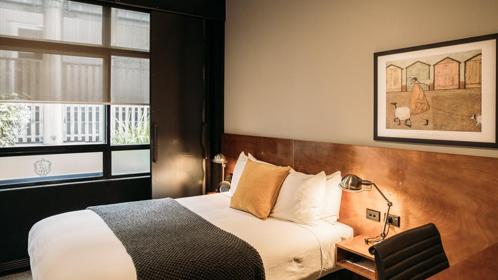 Left Wing Studio image 1 at King & Queen Hotel Suites by null, null, New Zealand