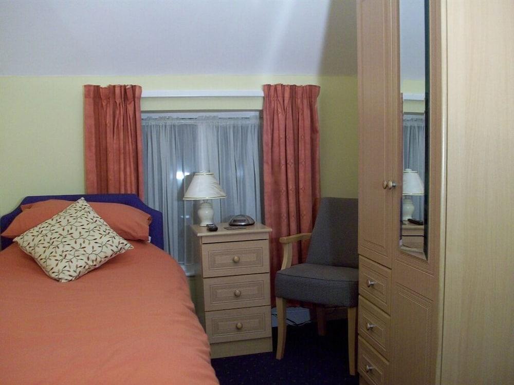 image 1 at Thornton Hunt Inn by 17 main street Thornton Curtis Ulceby England DN39 6XW United Kingdom