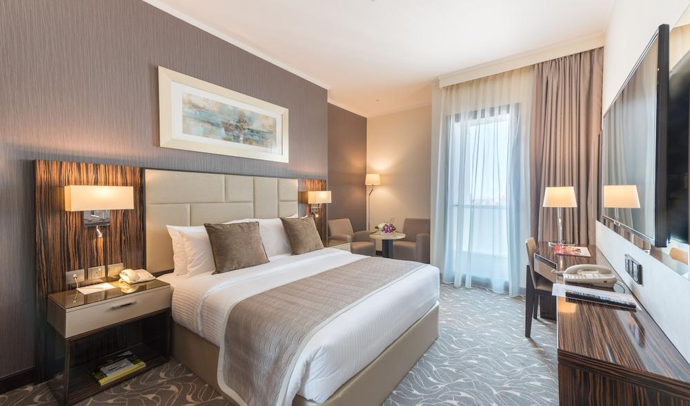 image 1 at Hawthorn Suites by Wyndham Abu Dhabi City Centre by Junction of Salaam Street and Corniche Road Abu Dhabi 47600 United Arab Emirates