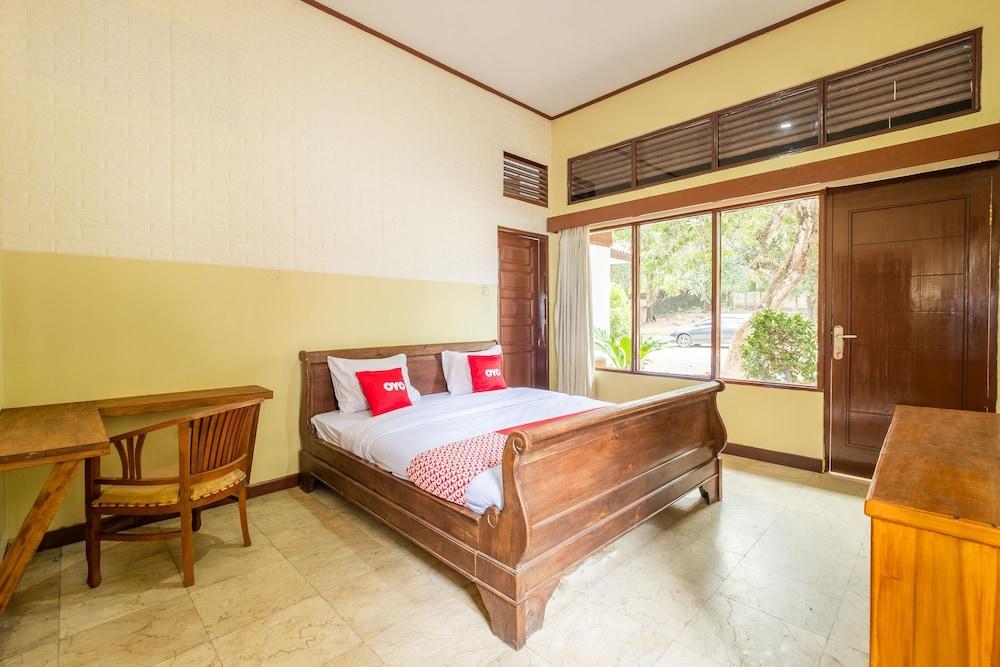 image 1 at OYO 951 Cempaka Ratu Beach Resort by No. 6, Jl. Raya Karang Papak Cikakak Cikakak 43365 Indonesia