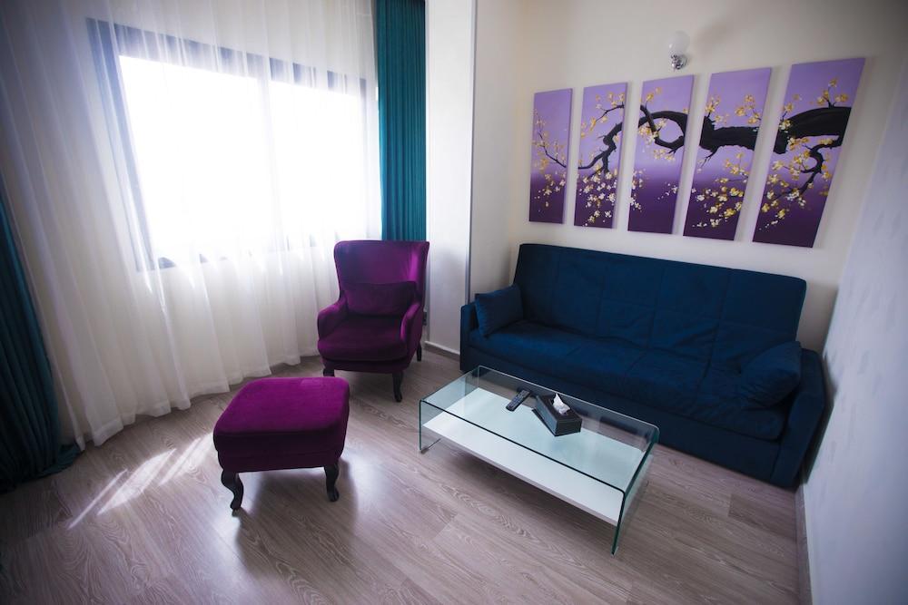 image 1 at Best Western Hotel Colombe by 06 Bd Zabour Larbi Hai Khaldia Oran 31000 Algeria
