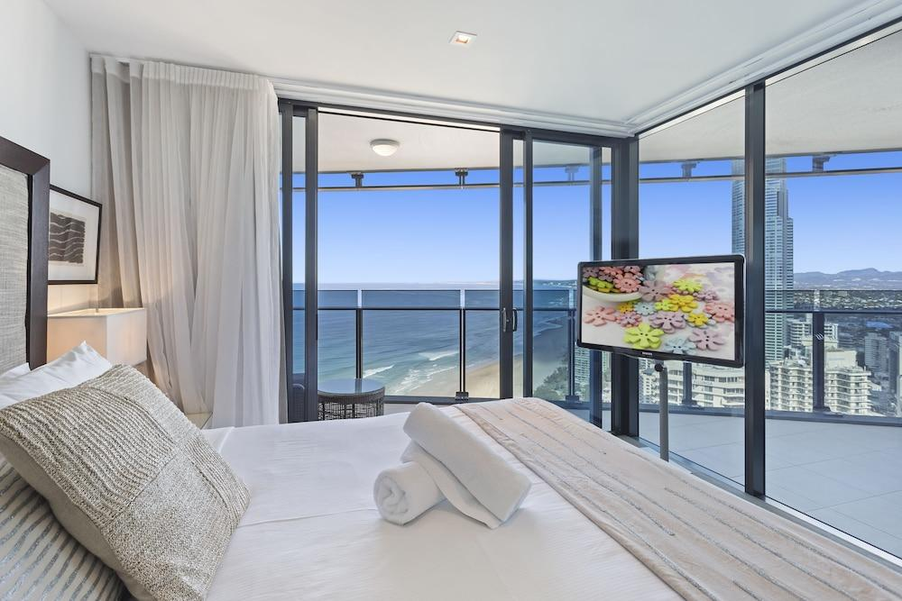 image 1 at Holiday Holiday Soul Surfers Paradise by 8 The Esplanade Surfers Paradise QLD Queensland 4217 Australia