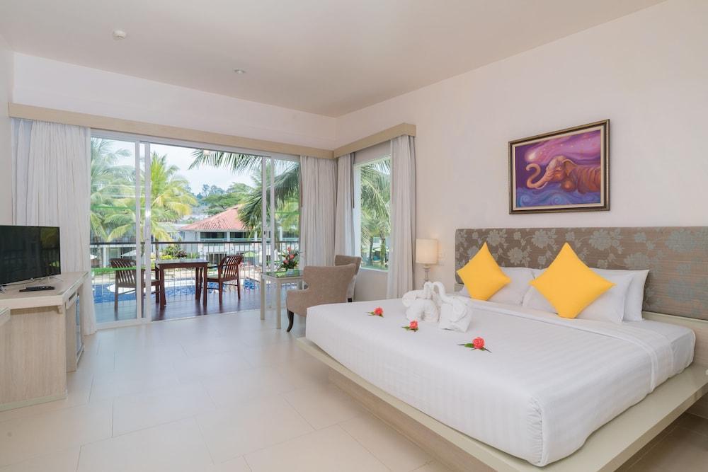 image 1 at The Briza Beach Resort Khaolak by 7/4 Moo 2, Phetkasem Road, Lumkaen Thai Mueang Phang Nga 82210 Thailand