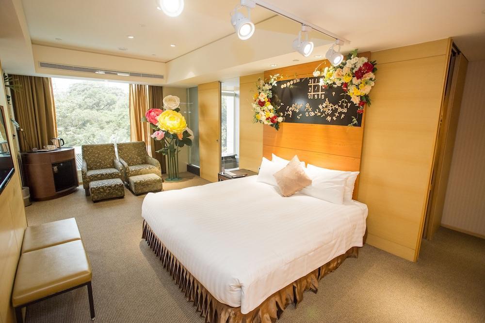 image 1 at Freshfields Hotel by NO.2, Wen-Quan Road, Wurih Taichung 41450 Taiwan