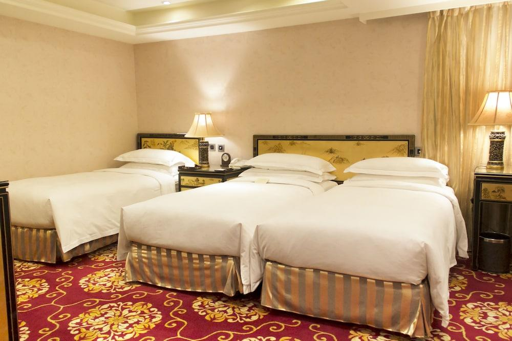image 1 at Royal Seasons Hotel Taipei by 326 & 330 Nanjing West Road Taipei 103 Taiwan