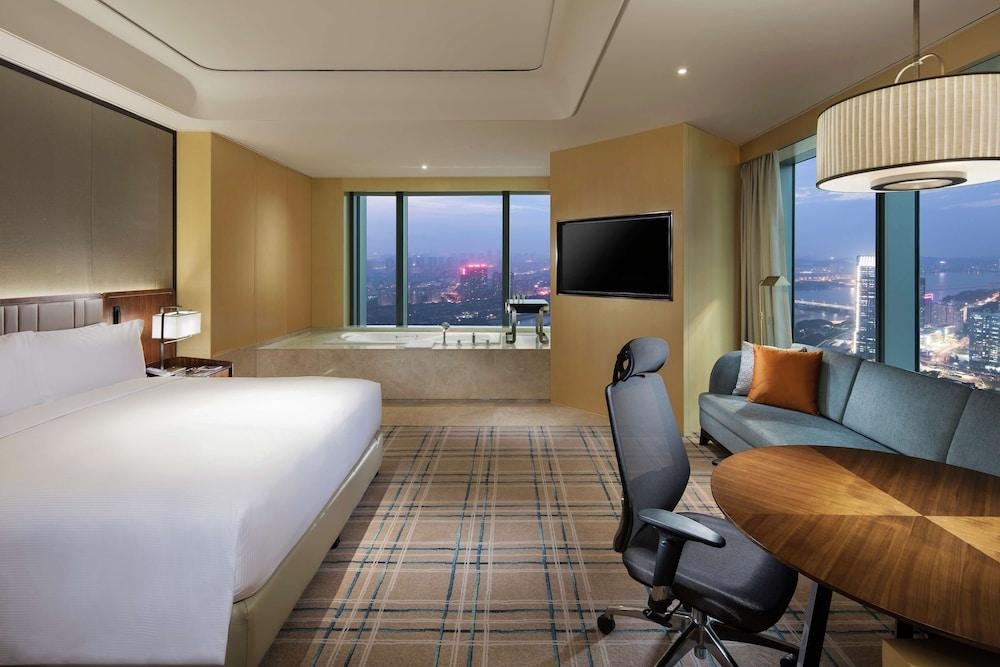 image 1 at Hilton Fuzhou by 55-57 Zhenwu Rd, Taijiang District Fuzhou Fujian 350009 China