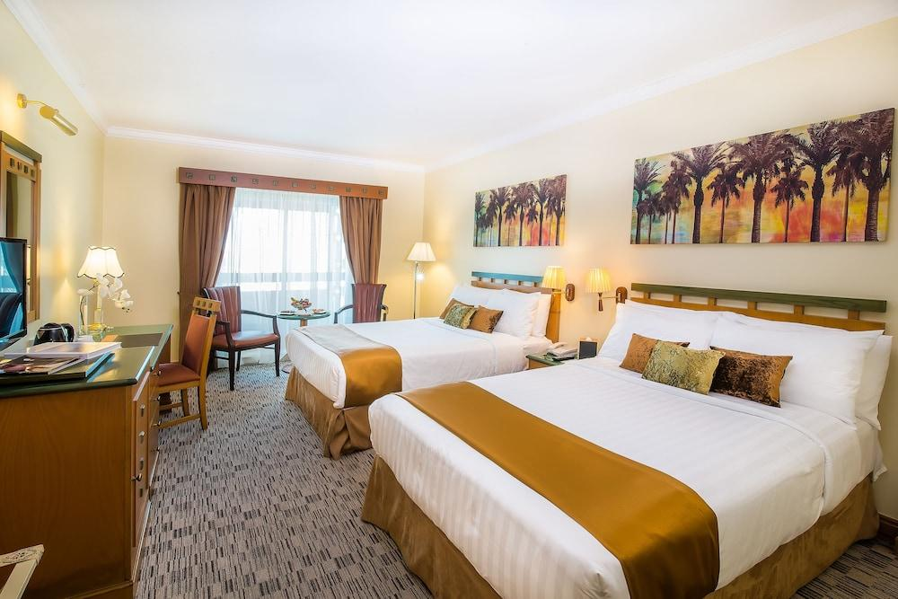 image 1 at Holiday International Sharjah by Al Majaz 1 Sharjah United Arab Emirates