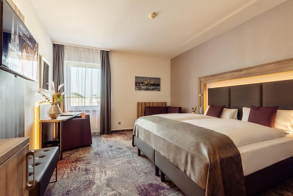 image 1 at CityClass Hotel Europa am Dom by Am Hof 38 - 46 Cologne NW 50667 Germany