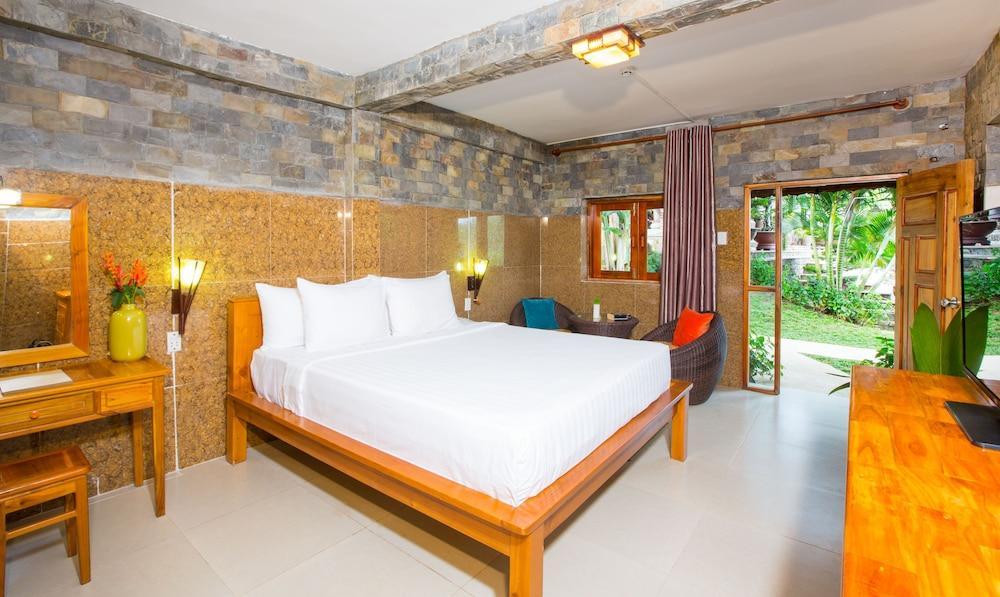 image 1 at Chez Carole Beach Resort & Spa by Ward 1, Hamlet 4, Cua Can Village Phu Quoc Kien Giang 920000 Vietnam