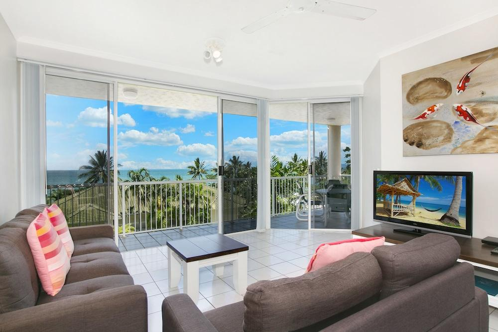 image 1 at On the Beach Holiday Apartments by 49-51 Vasey Esplanade, Trinity Beach Trinity Beach QLD Queensland 4879 Australia
