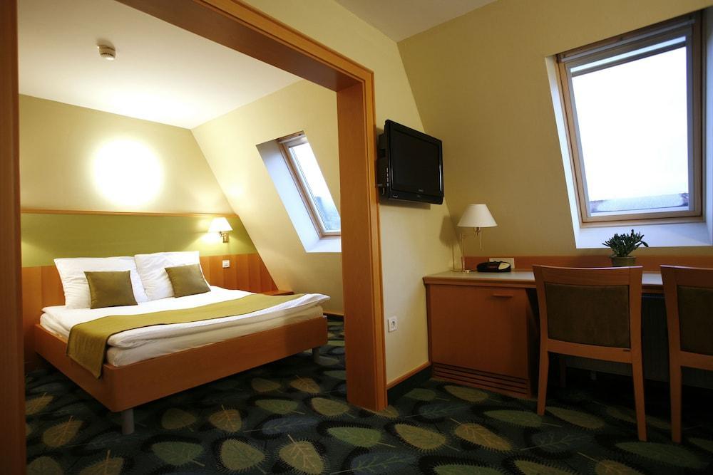 image 1 at Hotel Kristal - Terme Krka by Zdraviliski Trg 7 Dolenjske Toplice 8350 Slovenia
