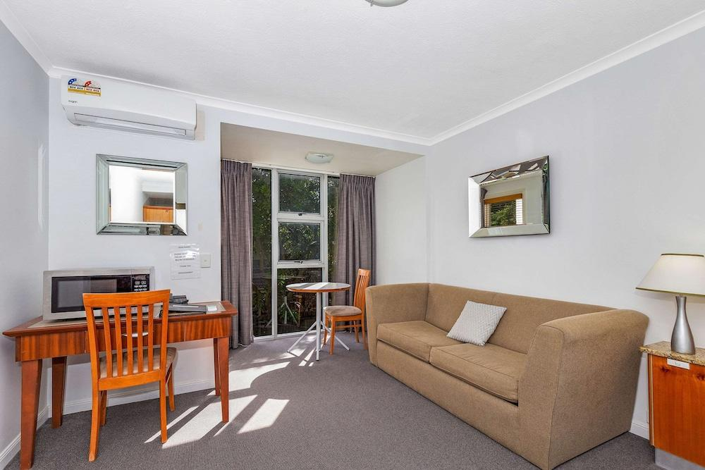 image 1 at Quality Inn Airport Heritage by 620 Kingsford Smith Drive Hamilton QLD Queensland 4007 Australia