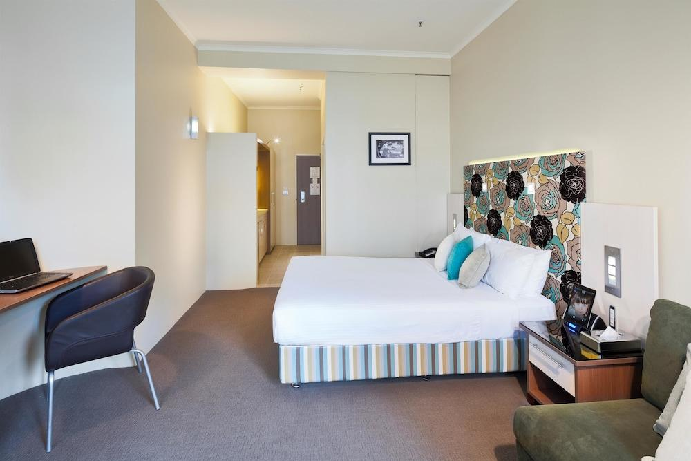 image 1 at Best Western Plus Hotel Stellar by 4 Wentworth Avenue Surry Hills NSW New South Wales 2000 Australia