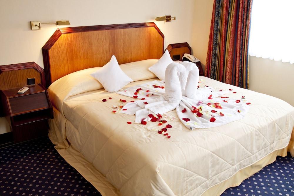 image 1 at Hotel Landgut Horn by Leher Heerstr. 140 Bremen HB 28357 Germany