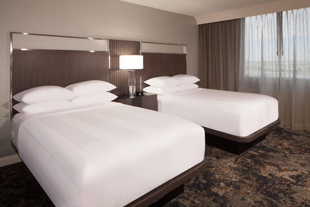 image 1 at Dallas/Fort Worth Airport Marriott by 8440 Freeport Pkwy Irving TX Texas 75063 United States