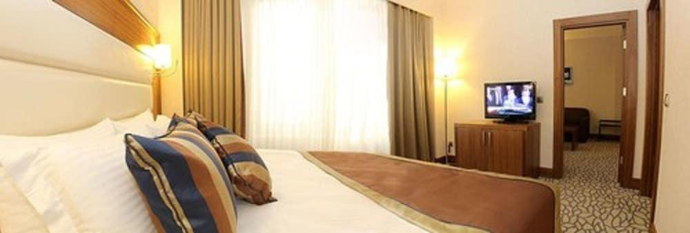 image 1 at Barida Hotels by 102 Cad No81 Isparta Isparta 32200 Turkey