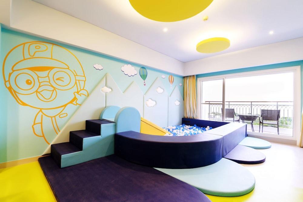 image 1 at JPark Island Resort & Waterpark by M L Quezon Highway, Maribago Lapu-Lapu Cebu 6015 Philippines