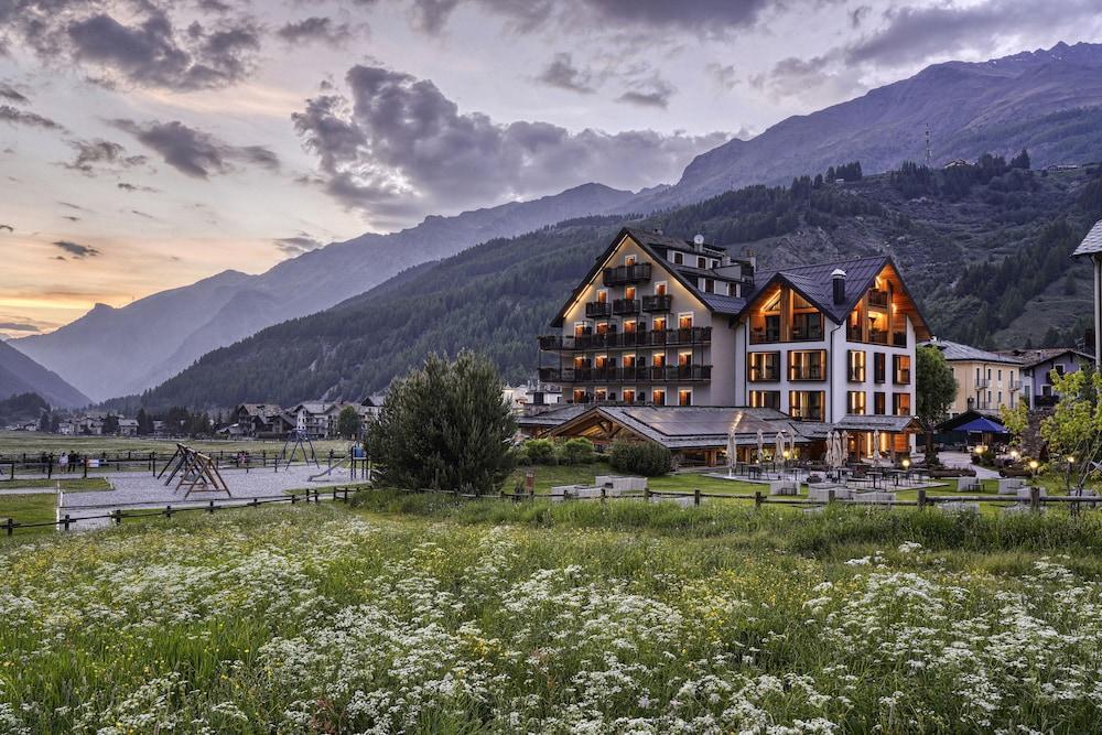 Hotel Sant'Orso - Mountain Lodge & Spa