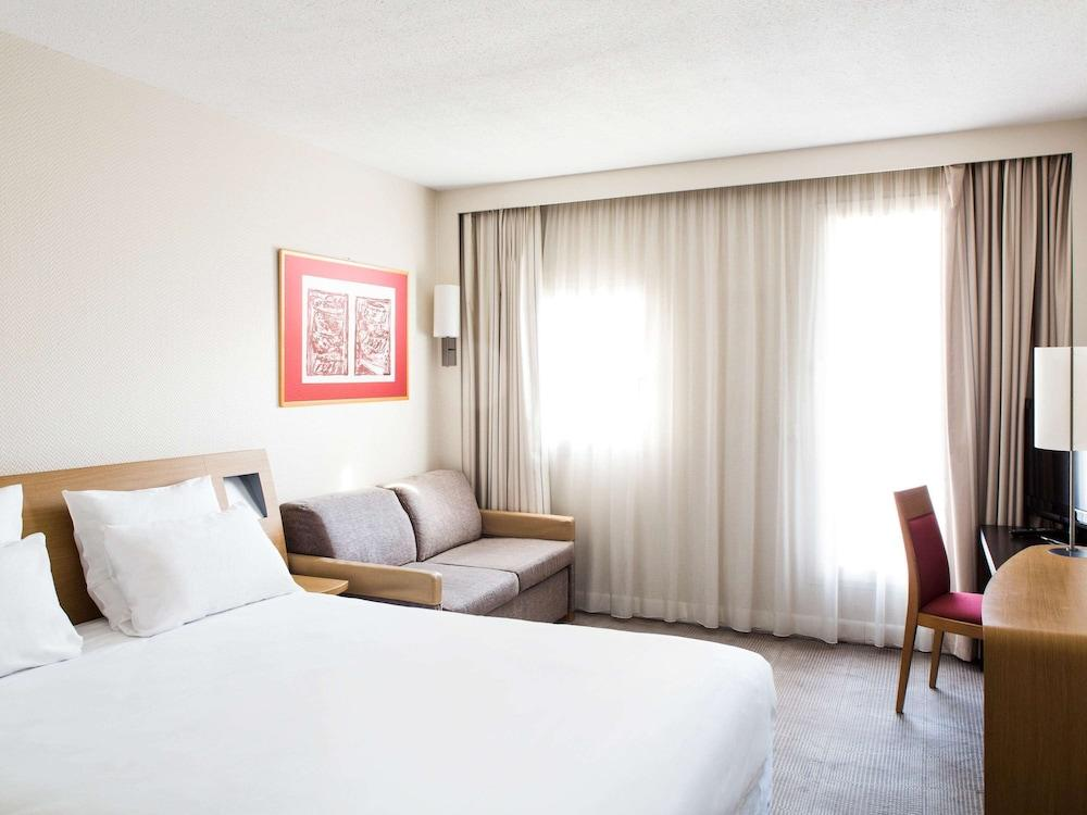 image 1 at Novotel Resort & Spa Biarritz Anglet by 68 Avenue d'Espagne Anglet Pyrenees-Atlantiques 64600 France