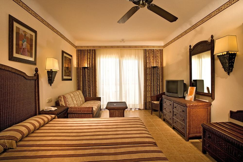 image 1 at Hotel Riu Karamboa - All Inclusive by Lote HO-01, Urb. Morrinho De Baguincho Boa Vista Cape Verde