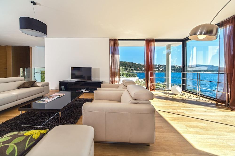 image 1 at Golden Rays Luxury Villas by Tepli Bok 69b Primosten Sibenik-Knin 22202 Croatia