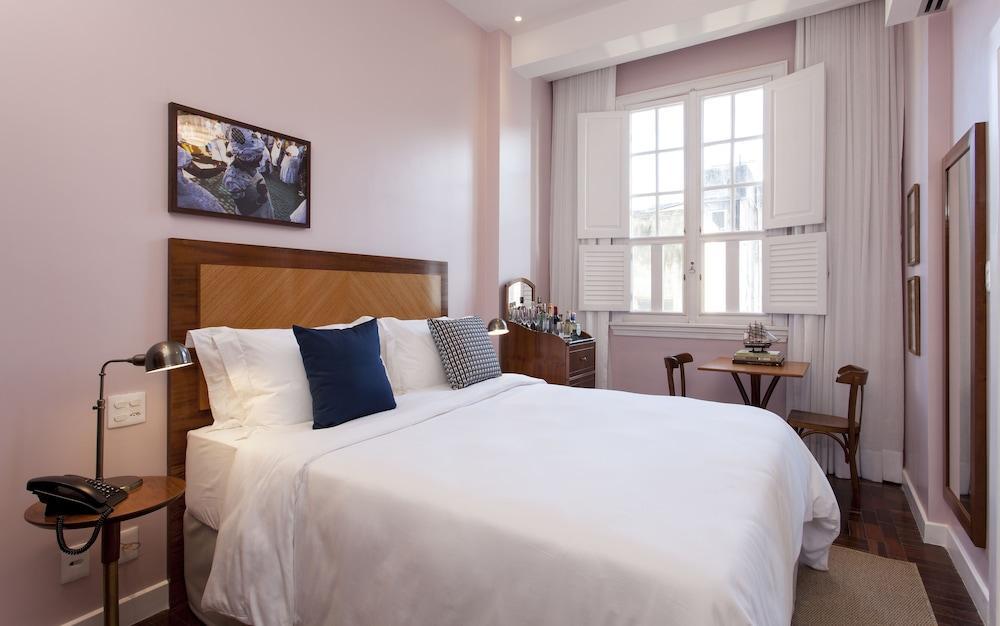 image 1 at Fera Palace Hotel by Rua Chile 20 Sala 01 Centro Historico Salvador Bahia 40020000 Brazil