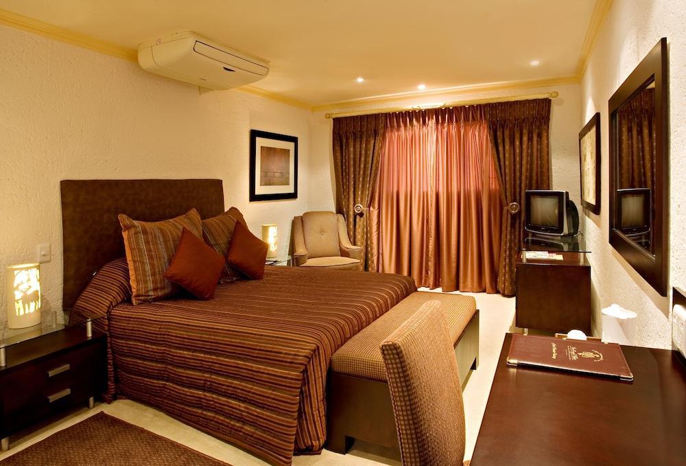 image 1 at The Royal Villas Swaziland by Main Ezulwini Road Ezulwini Lobamba Hhohho H106 Swaziland