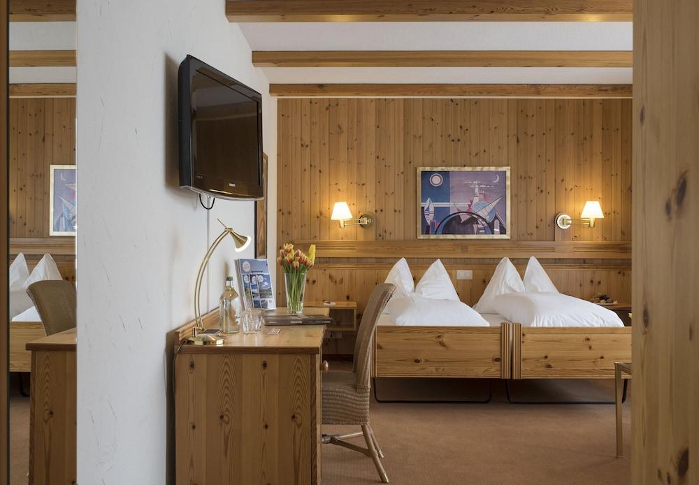 image 1 at Sunstar Hotel Lenzerheide by Voa Sporz 8 Vaz-Obervaz GR 7078 Switzerland