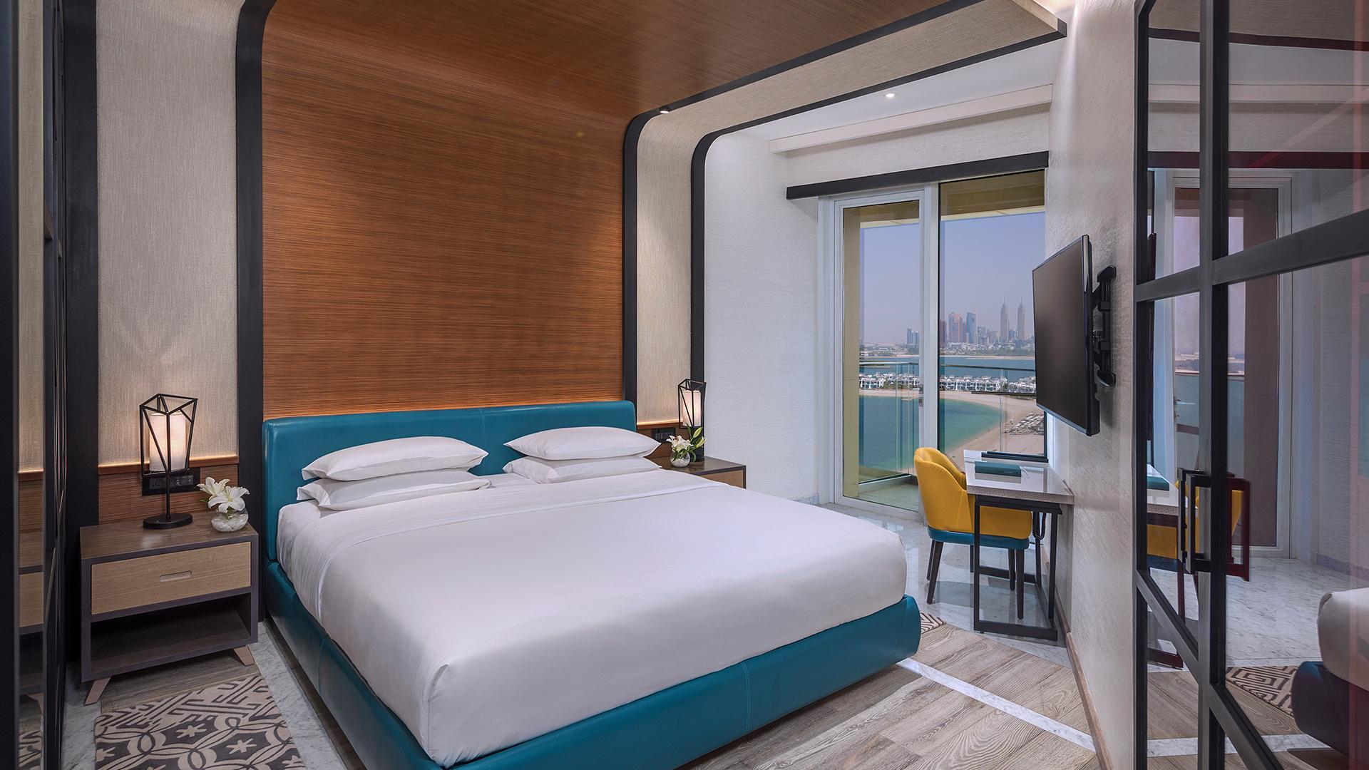 Deluxe Balcony Room image 1 at Andaz Dubai The Palm by null, Dubai, United Arab Emirates